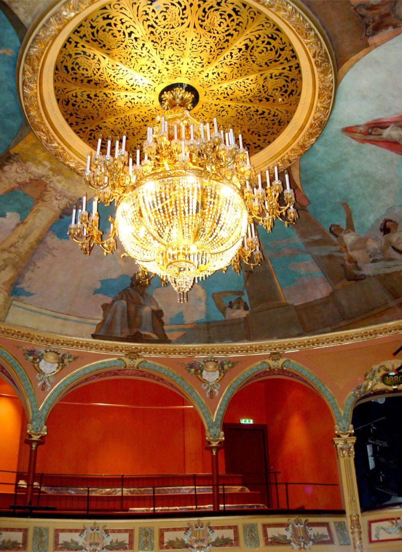 Salle des congrès au Puy-en-Velay